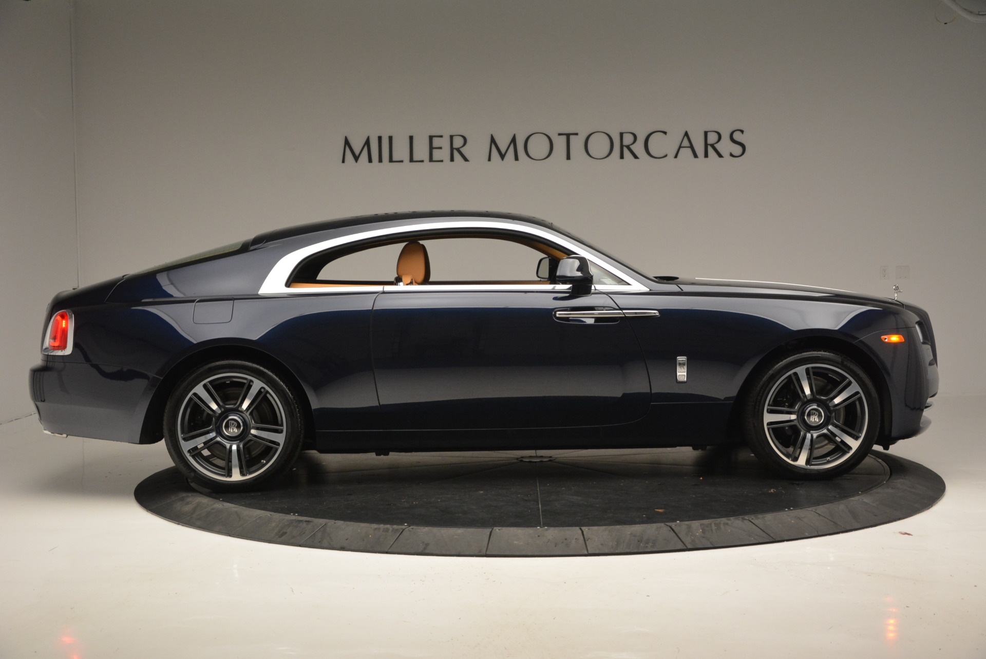 Used 2016 Rolls-Royce Wraith  For Sale In Greenwich, CT 219_p6