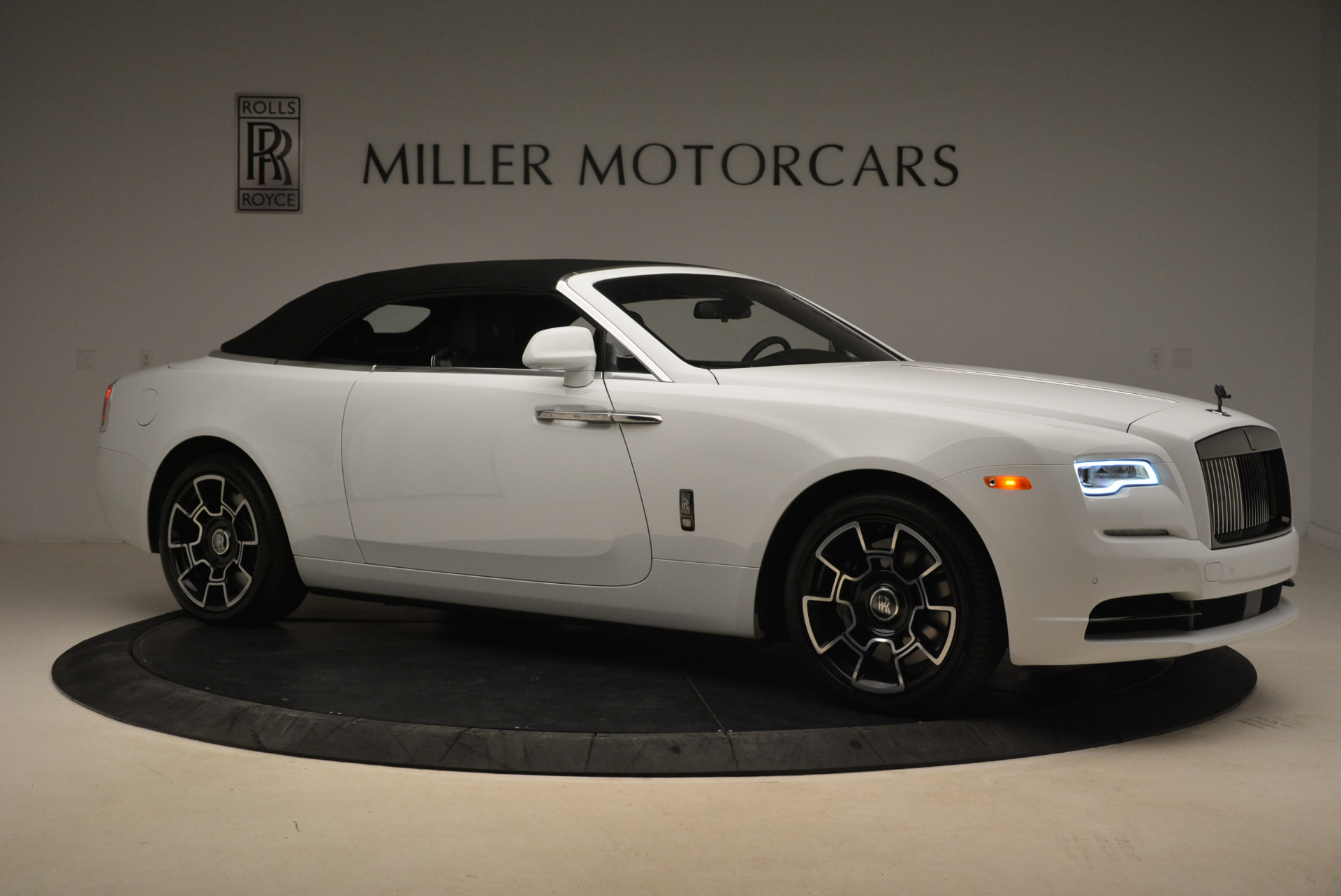New 2018 Rolls-Royce Dawn Black Badge For Sale In Greenwich, CT 2195_p23