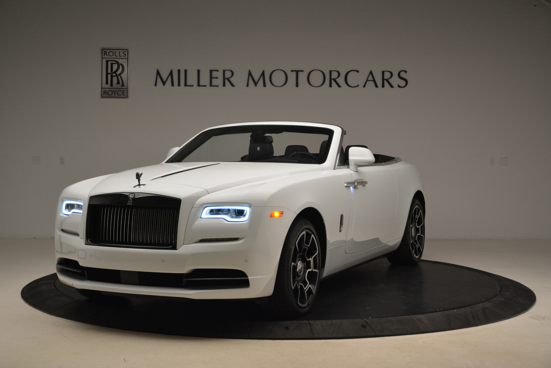 New 2018 Rolls-Royce Dawn Black Badge For Sale In Greenwich, CT 2195_p2