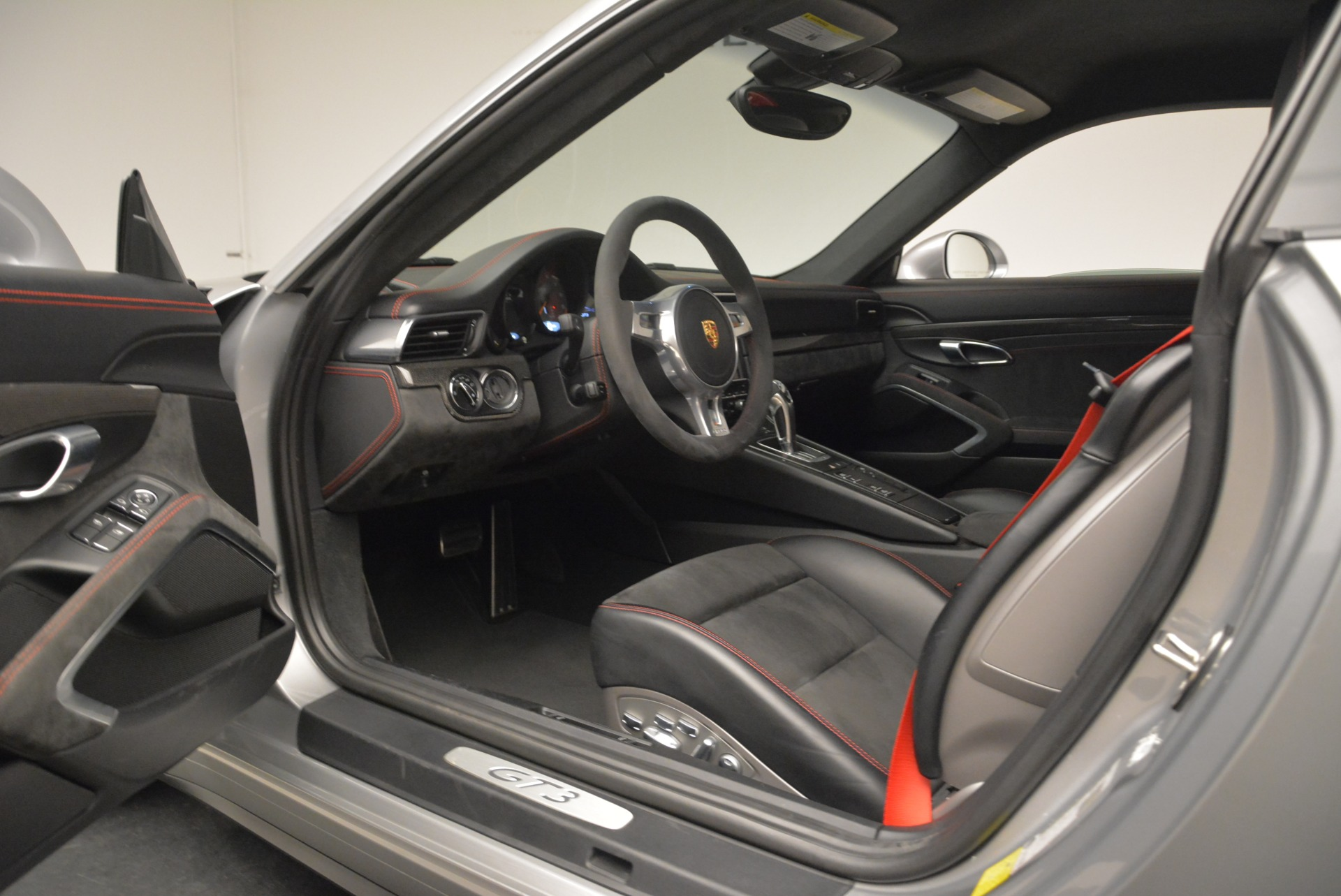 Used 2015 Porsche 911 GT3 For Sale In Greenwich, CT 2196_p24