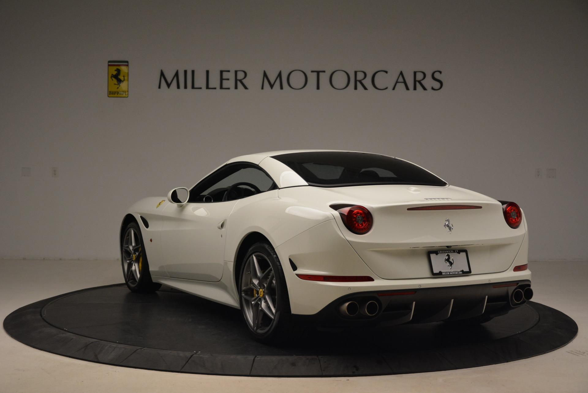 Used 2015 Ferrari California T  For Sale In Greenwich, CT 2199_p17