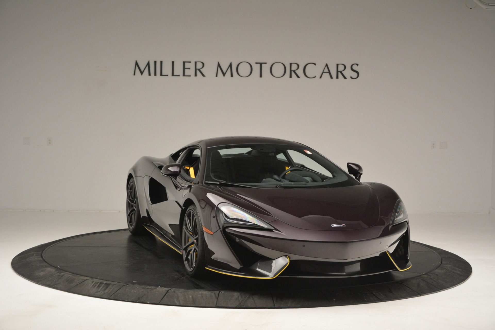 Used 2018 McLaren 570S  For Sale In Greenwich, CT 2204_p11