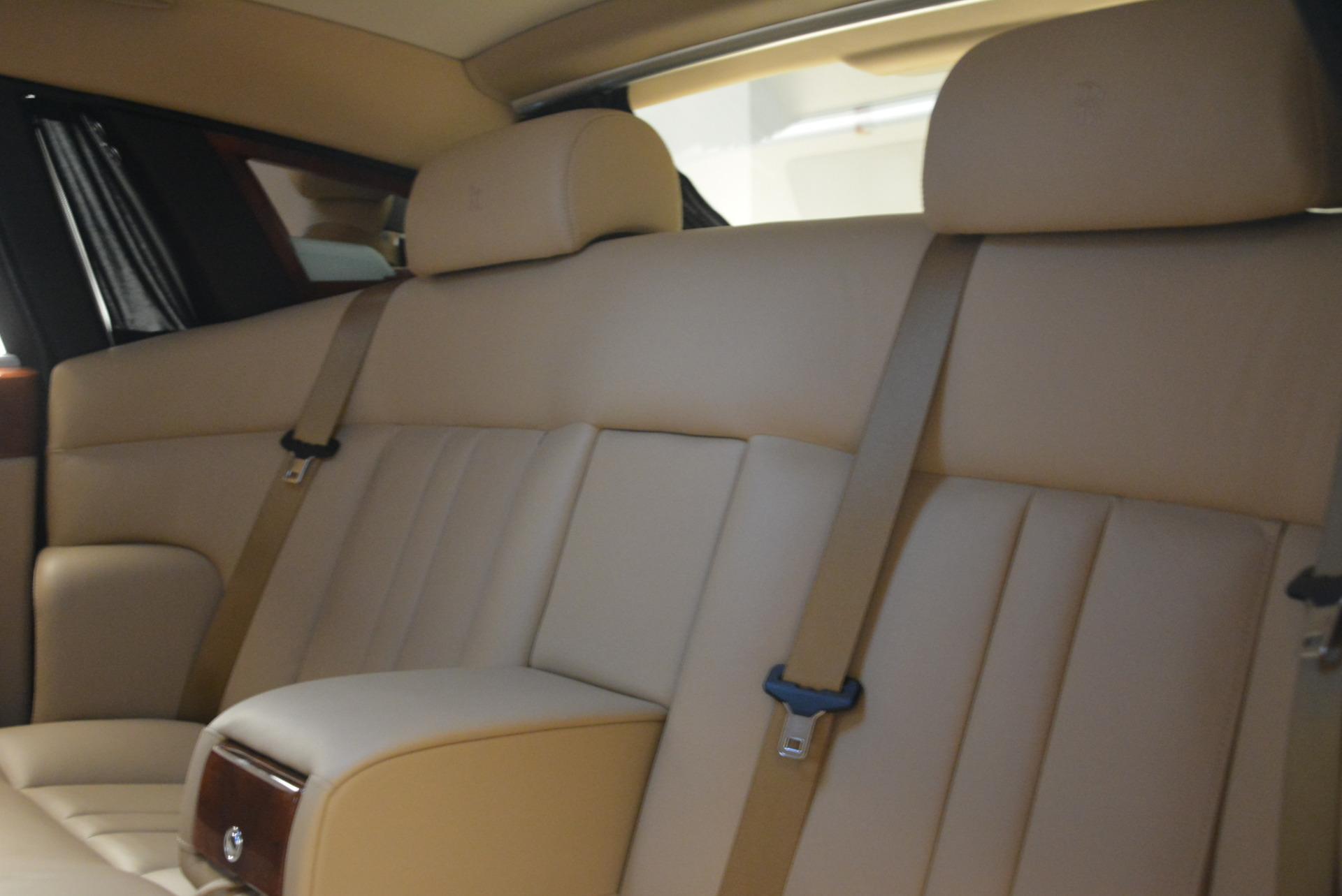 Used 2013 Rolls-Royce Phantom  For Sale In Greenwich, CT 2208_p20