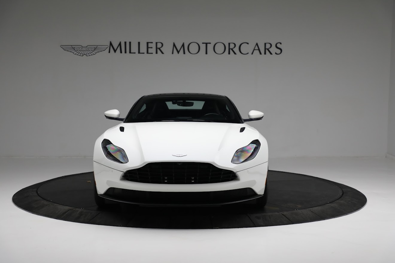 New 2018 Aston Martin DB11 V8 Coupe For Sale In Greenwich, CT 2211_p11