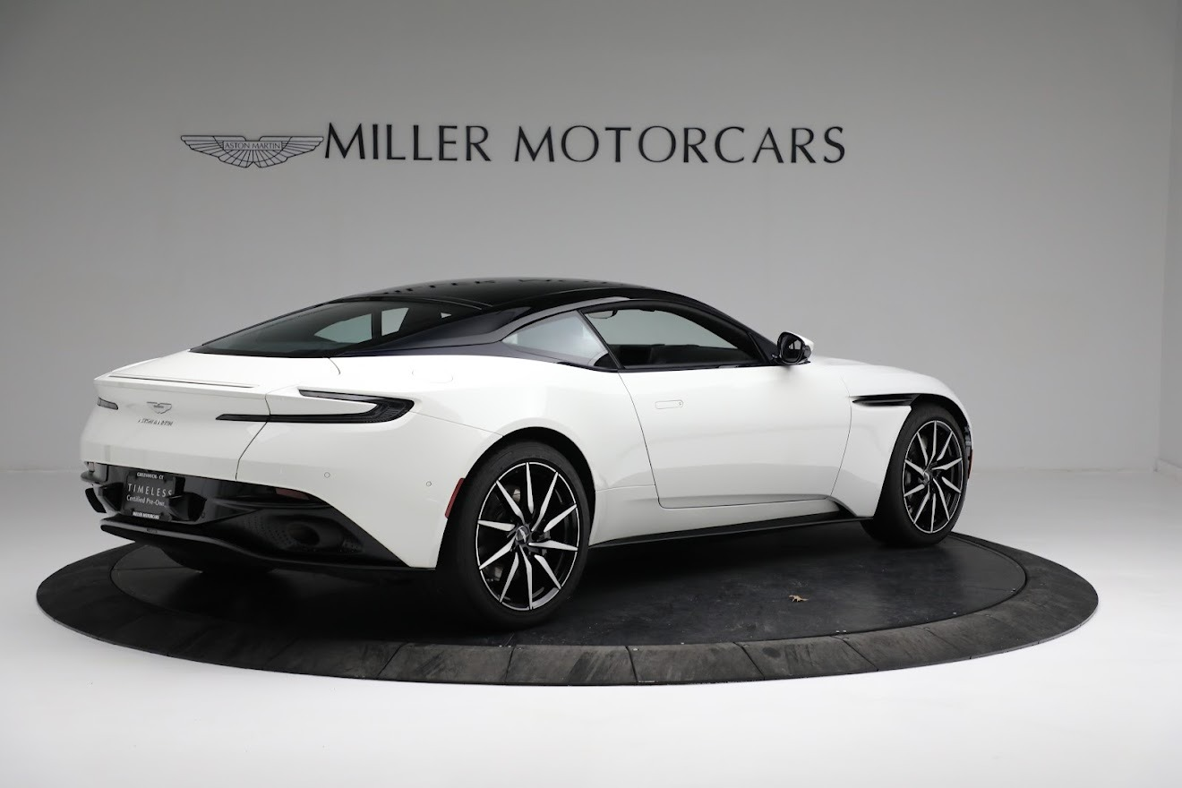New 2018 Aston Martin DB11 V8 Coupe For Sale In Greenwich, CT 2211_p7
