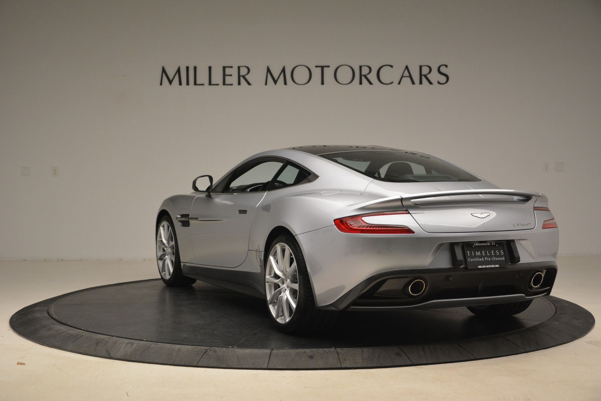 Used 2014 Aston Martin Vanquish  For Sale In Greenwich, CT 2212_p5