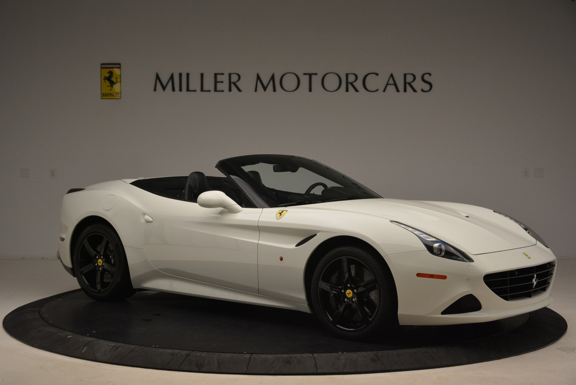 Used 2016 Ferrari California T  For Sale In Greenwich, CT 2213_p10
