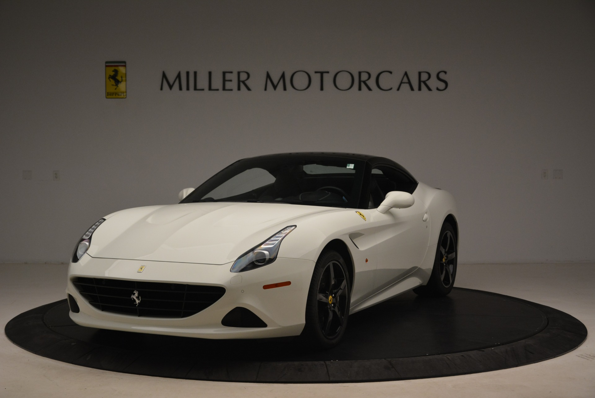 Used 2016 Ferrari California T  For Sale In Greenwich, CT 2213_p13