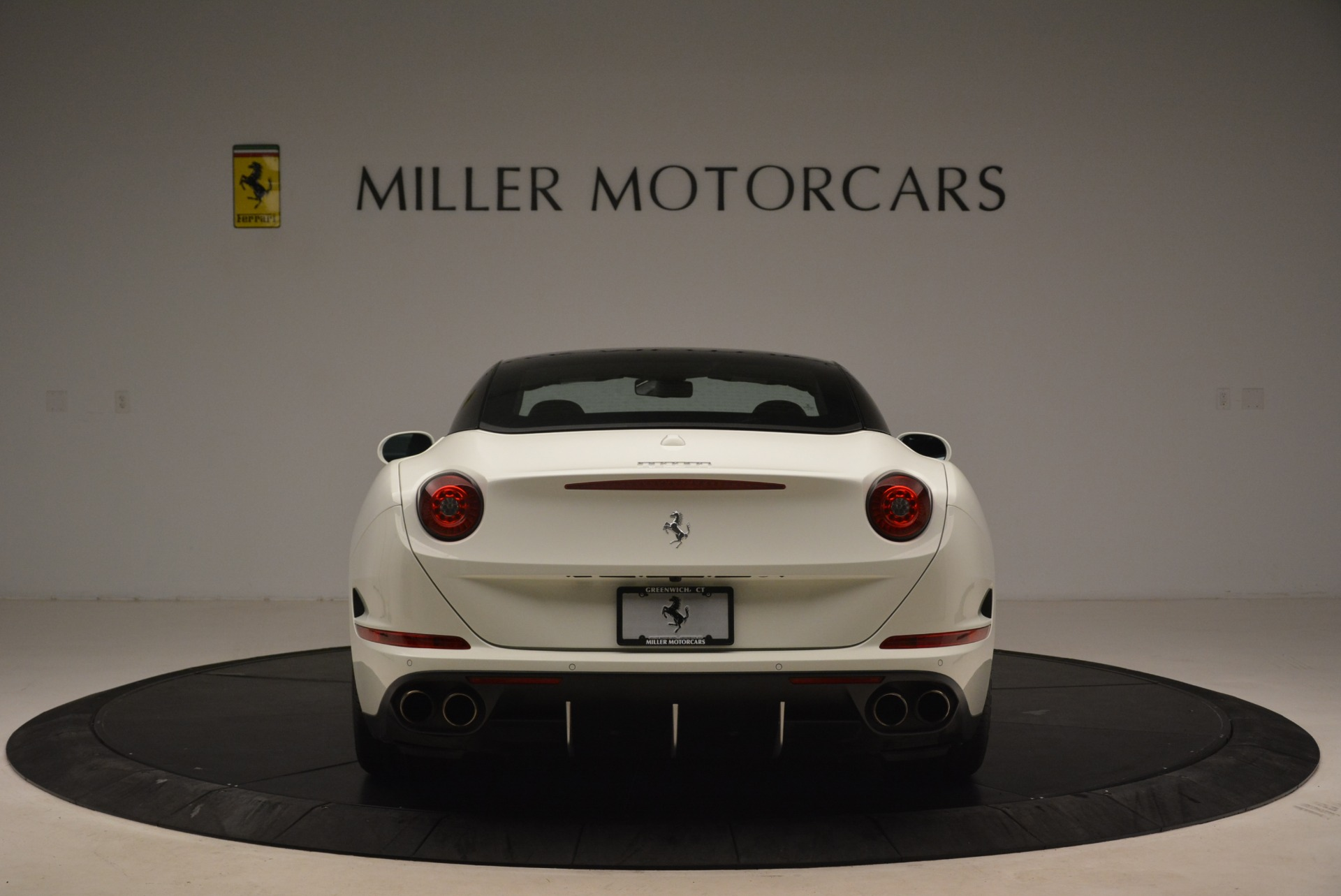 Used 2016 Ferrari California T  For Sale In Greenwich, CT 2213_p18
