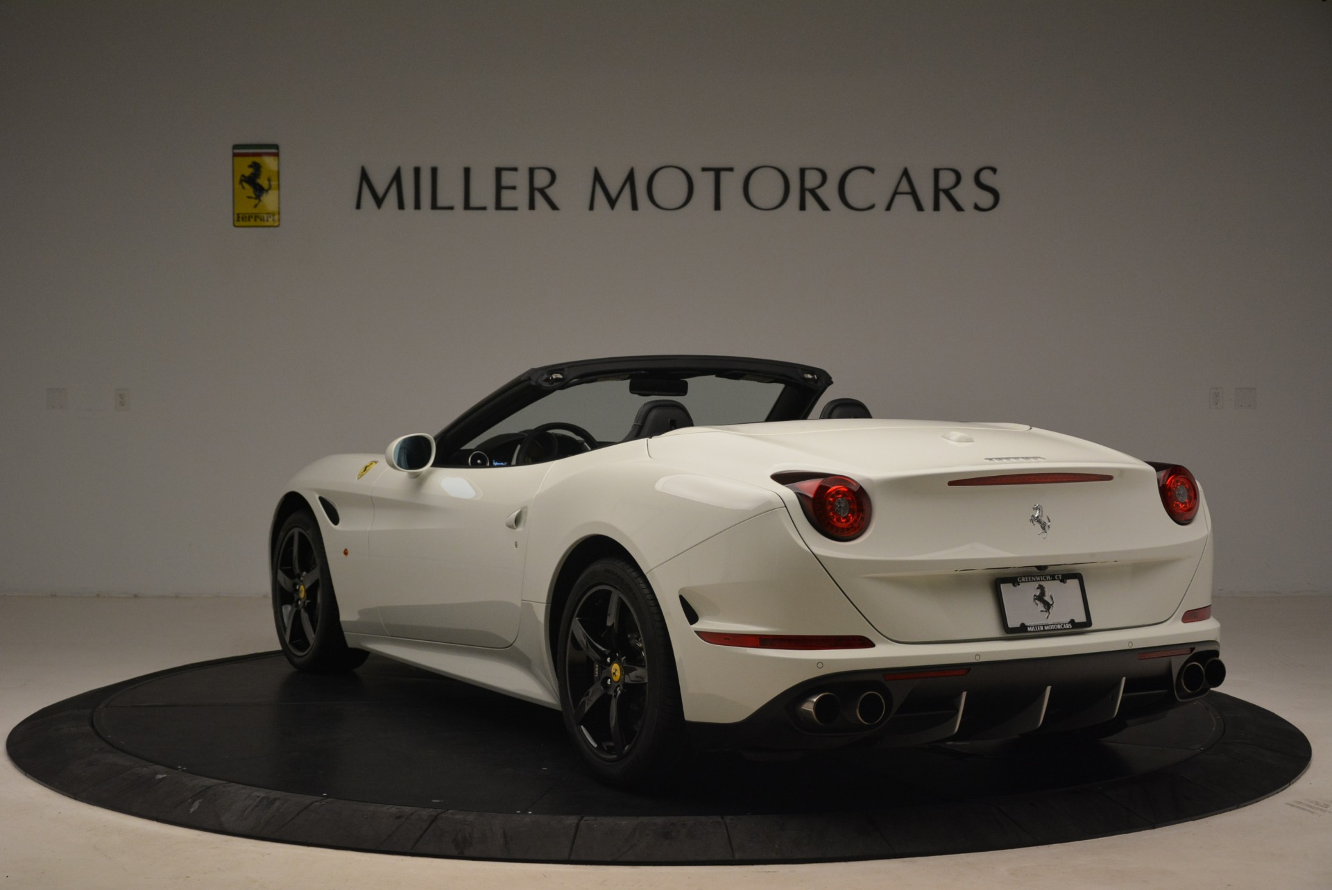 Used 2016 Ferrari California T  For Sale In Greenwich, CT 2213_p5