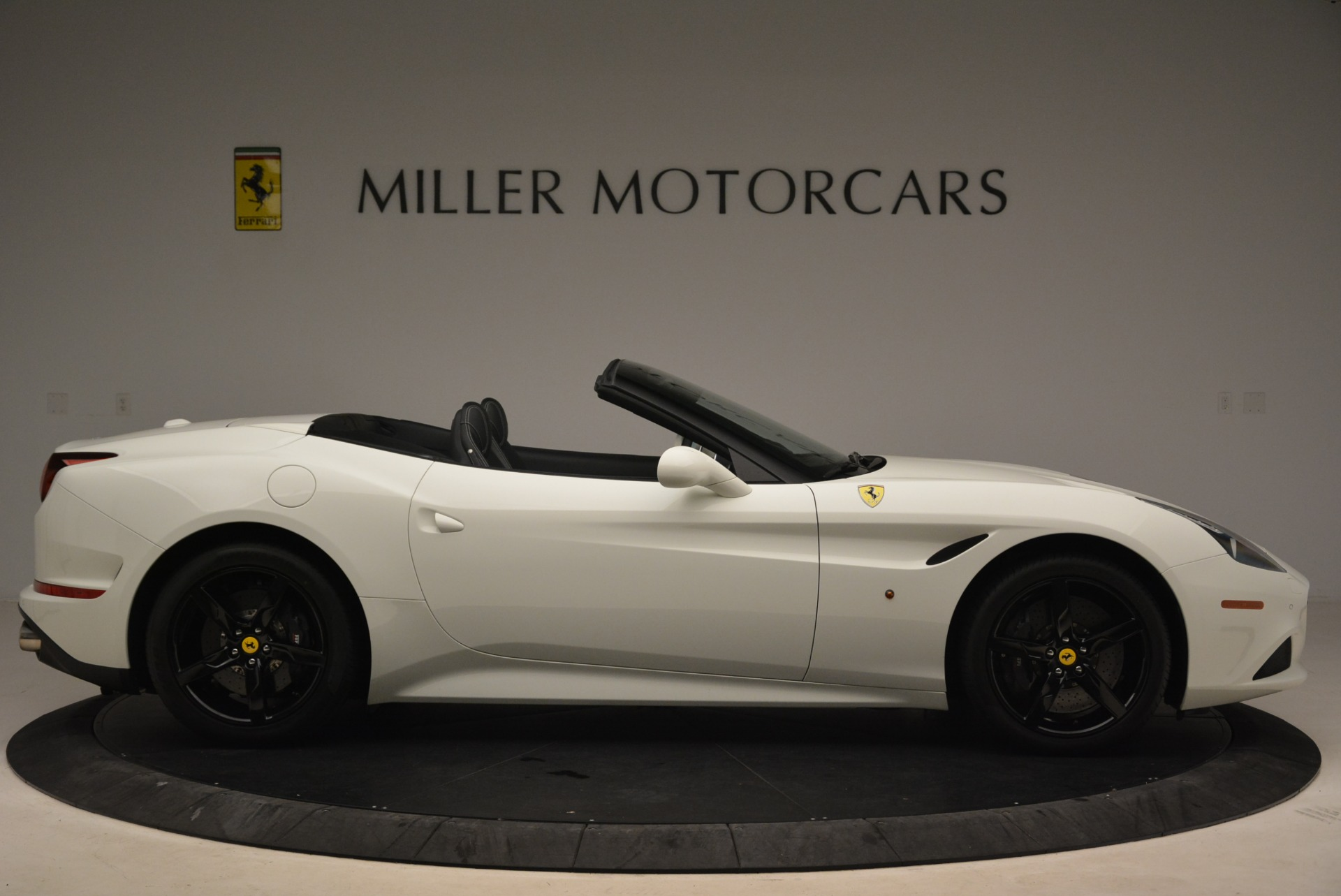 Used 2016 Ferrari California T  For Sale In Greenwich, CT 2213_p9
