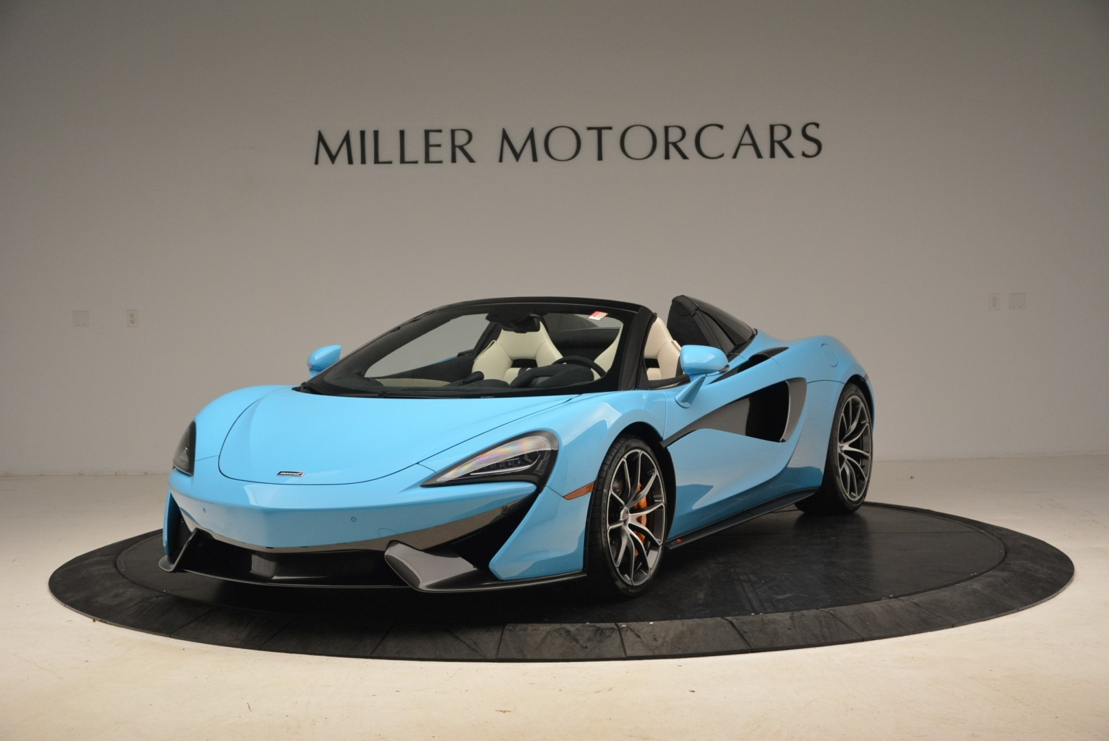 Used 2018 McLaren 570S Spider For Sale In Greenwich, CT 2215_main