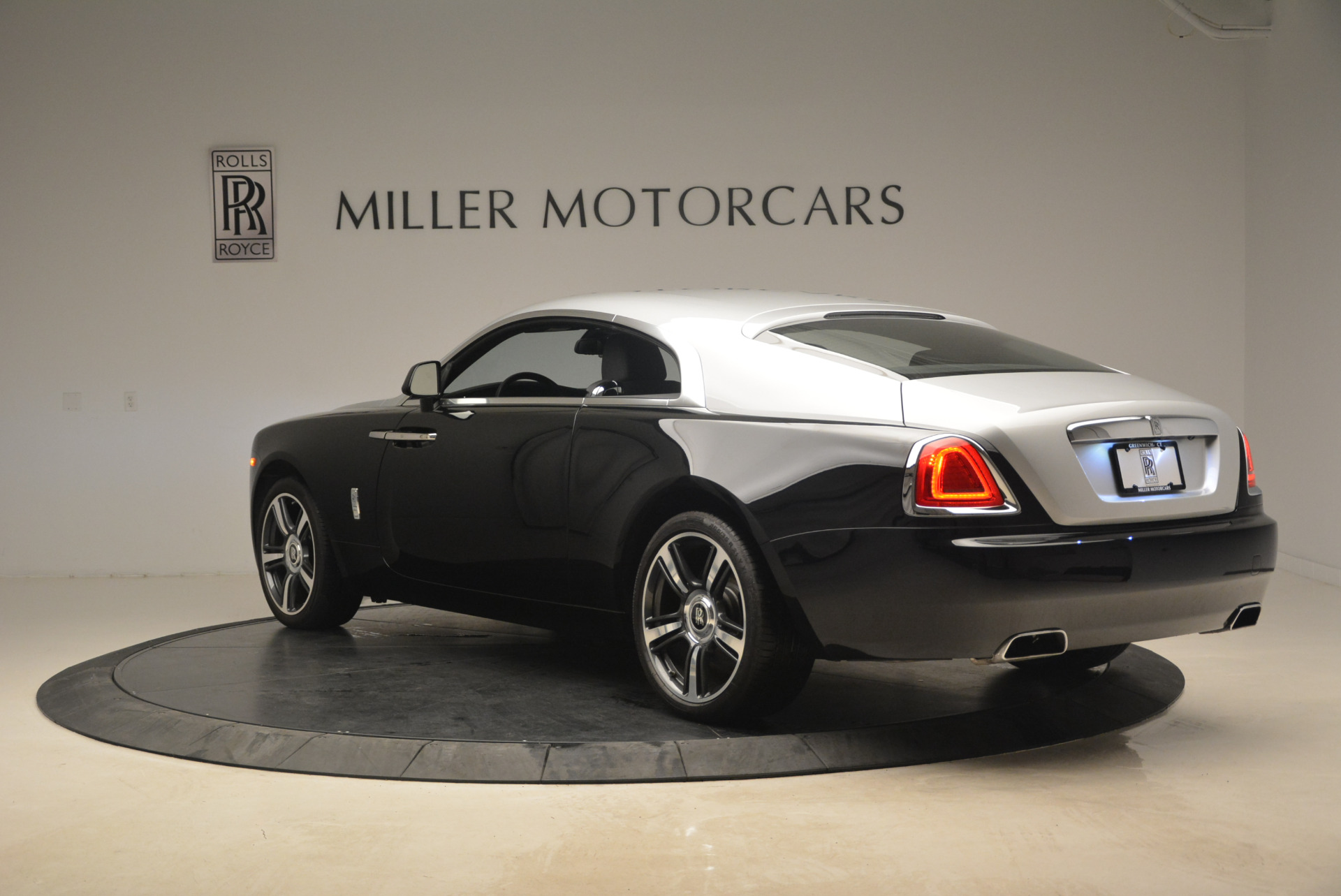 Used 2014 Rolls-Royce Wraith  For Sale In Greenwich, CT 2216_p5