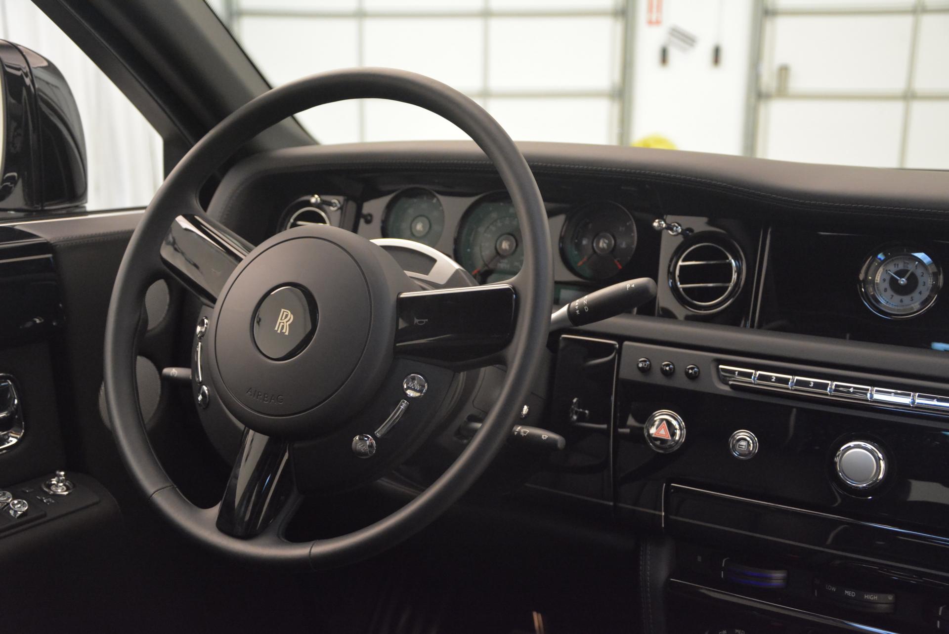 New 2016 Rolls-Royce Phantom  For Sale In Greenwich, CT 222_p10