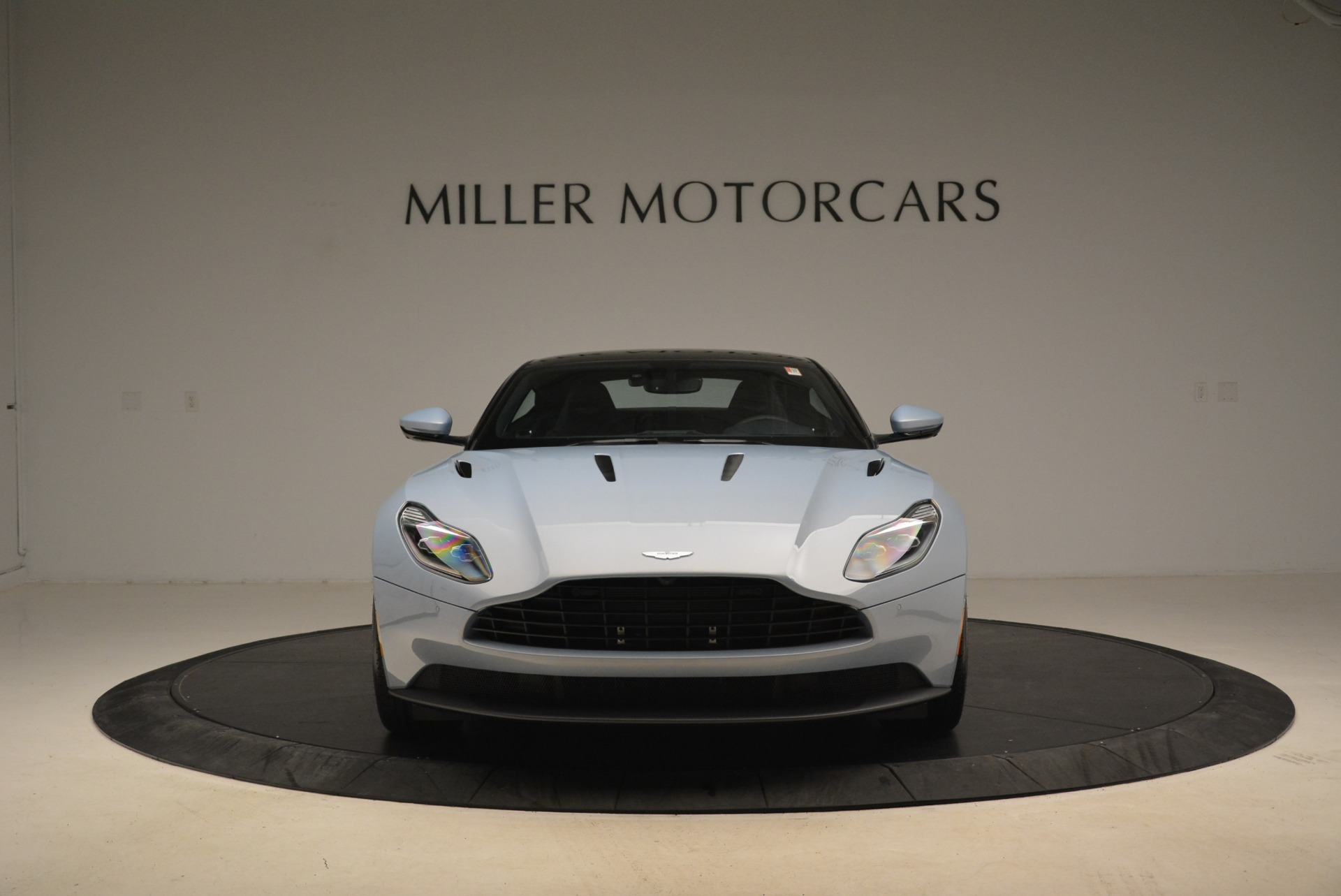 New 2018 Aston Martin DB11 V12 For Sale In Greenwich, CT 2225_p12
