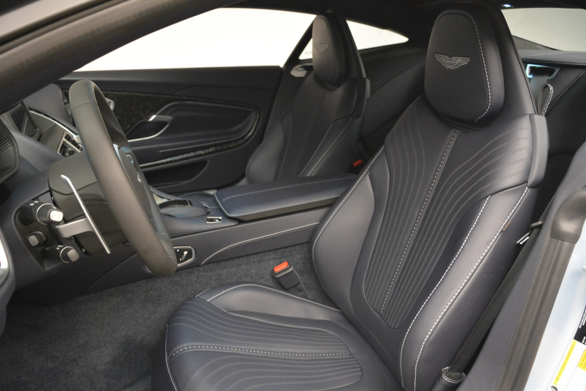 New 2018 Aston Martin DB11 V12 For Sale In Greenwich, CT 2225_p15