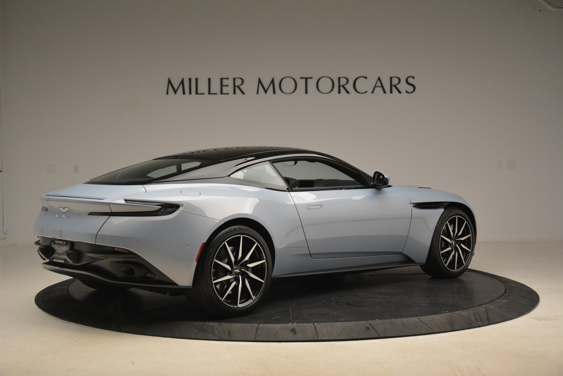 New 2018 Aston Martin DB11 V12 For Sale In Greenwich, CT 2225_p8