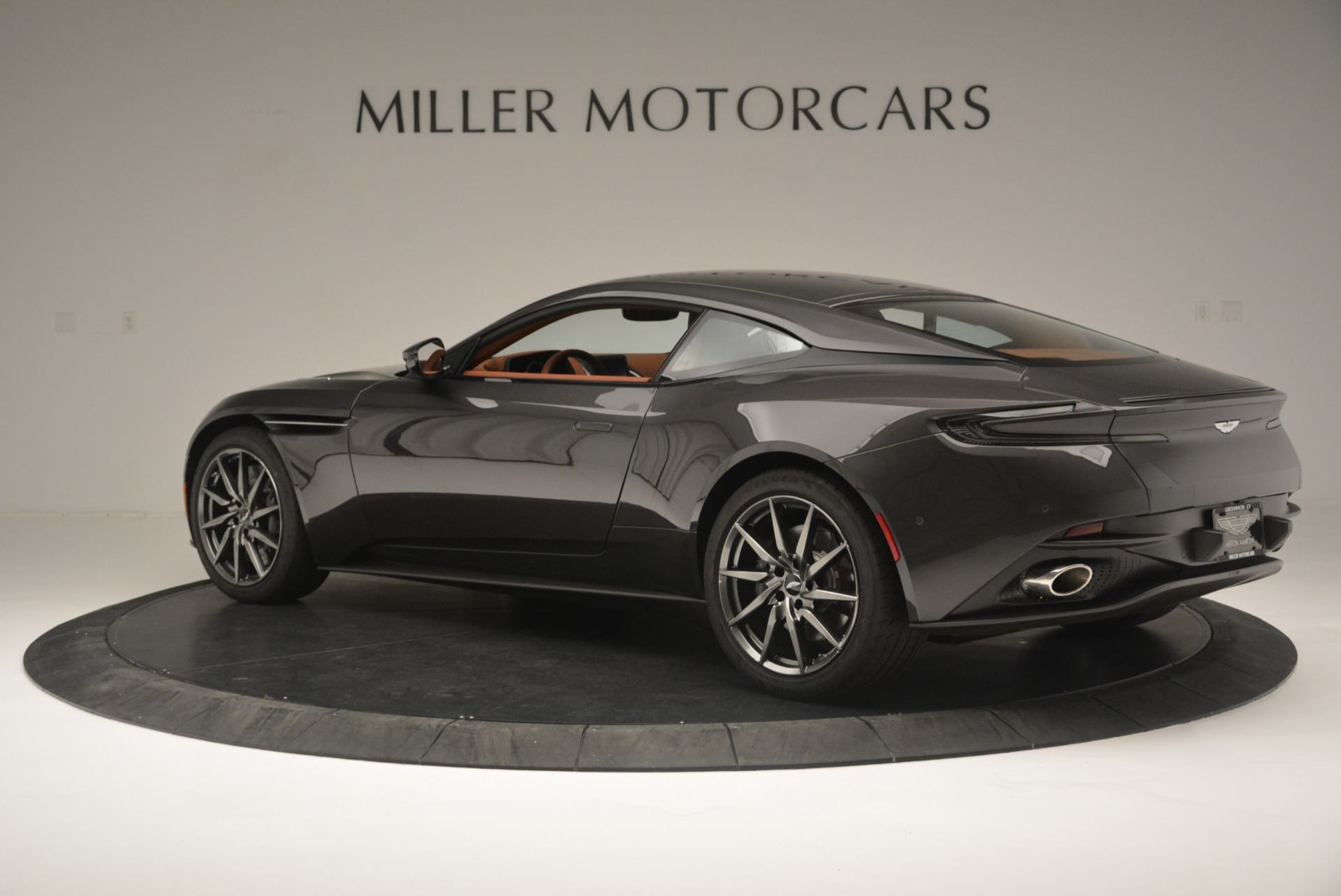 New 2018 Aston Martin DB11 V12 Coupe For Sale In Greenwich, CT 2226_p4