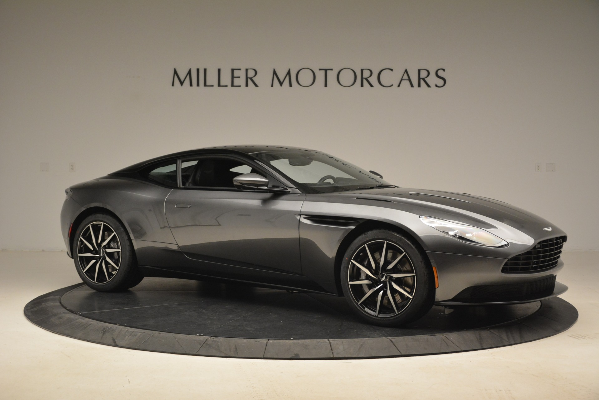 New 2018 Aston Martin DB11 V12 Coupe For Sale In Greenwich, CT 2228_p10