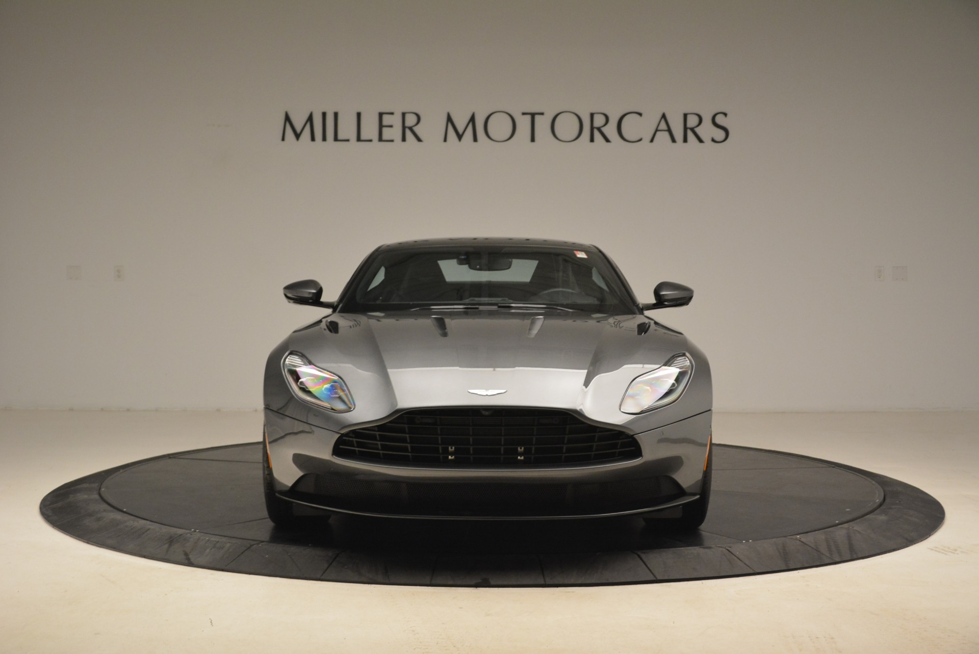 New 2018 Aston Martin DB11 V12 Coupe For Sale In Greenwich, CT 2228_p12