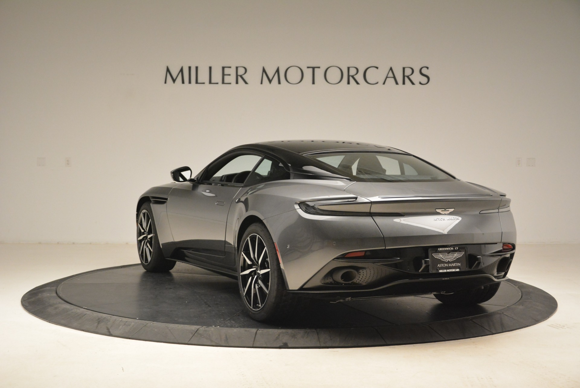 New 2018 Aston Martin DB11 V12 Coupe For Sale In Greenwich, CT 2228_p5