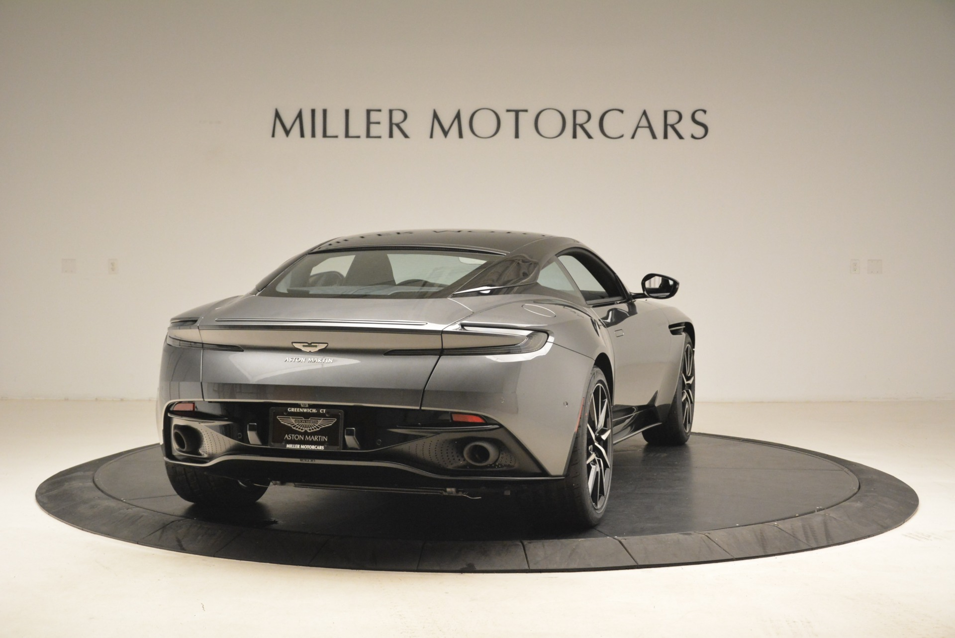 New 2018 Aston Martin DB11 V12 Coupe For Sale In Greenwich, CT 2228_p7