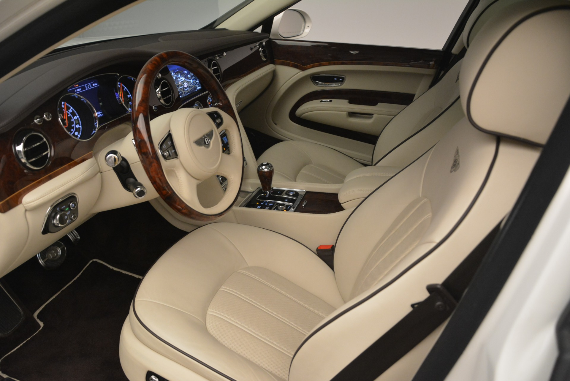 Used 2013 Bentley Mulsanne  For Sale In Greenwich, CT 2230_p16