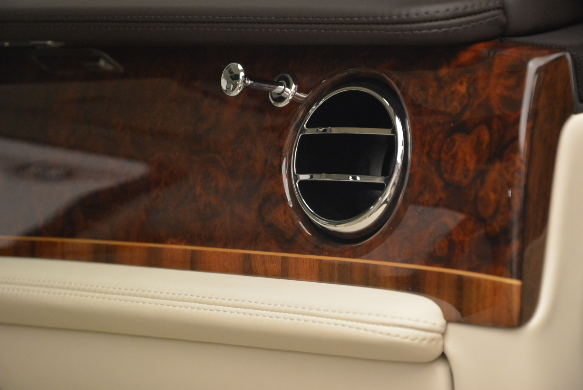 Used 2013 Bentley Mulsanne  For Sale In Greenwich, CT 2230_p29
