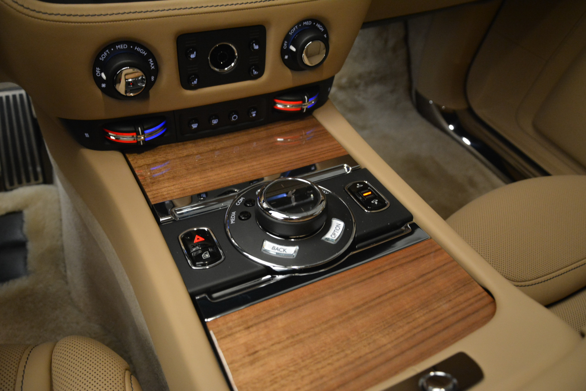 Used 2018 Rolls-Royce Ghost  For Sale In Greenwich, CT 2231_p19