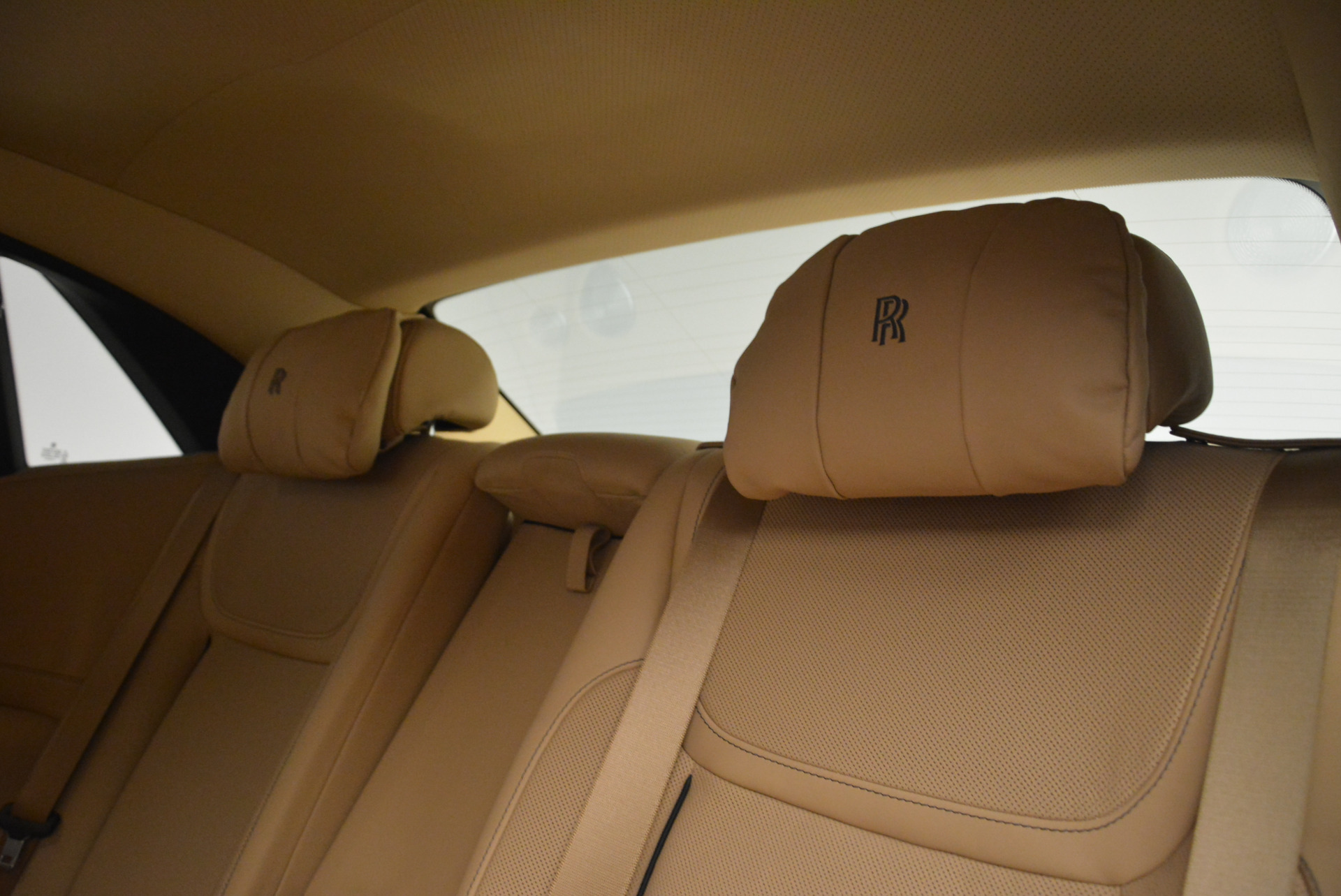 Used 2018 Rolls-Royce Ghost  For Sale In Greenwich, CT 2231_p21