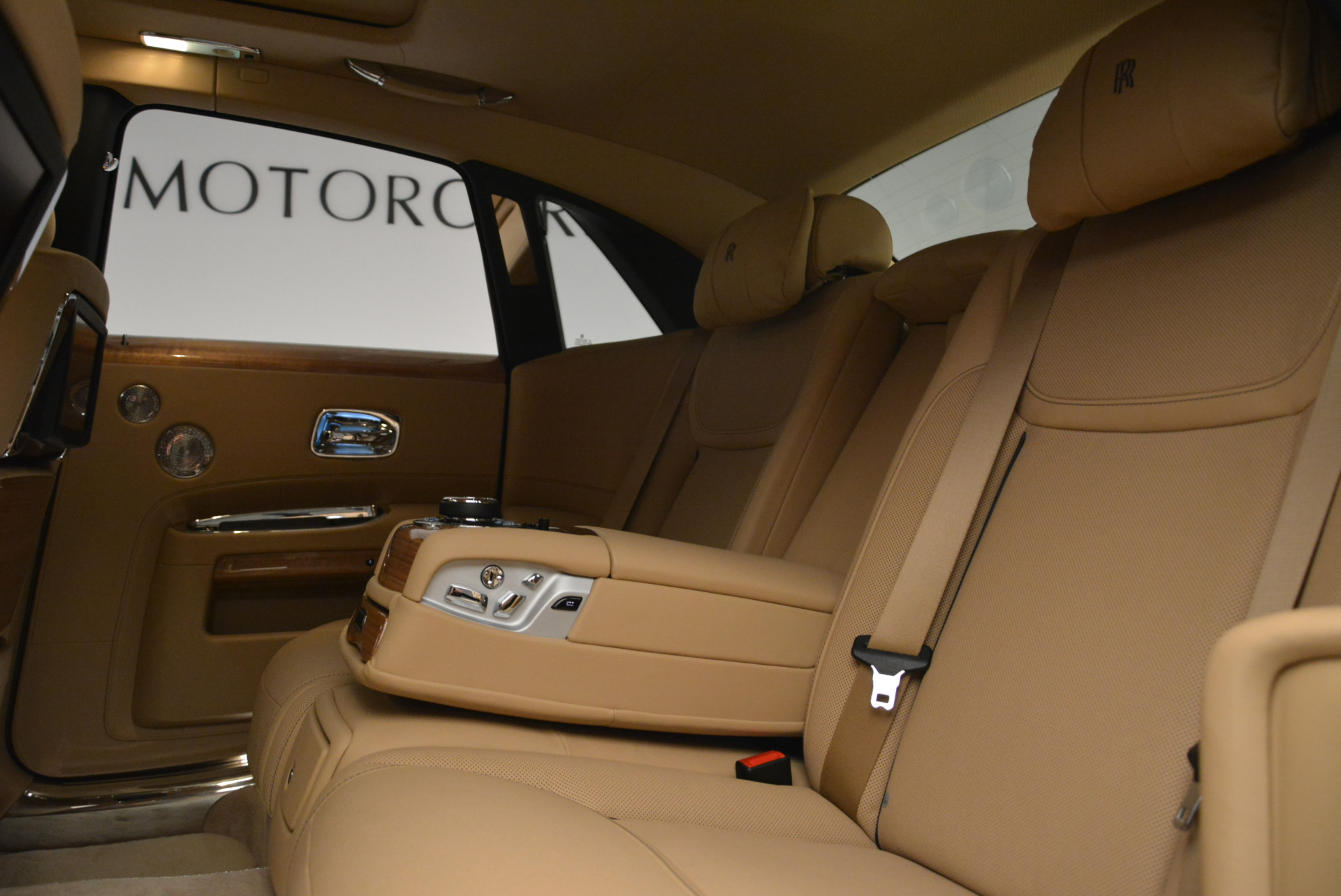 Used 2018 Rolls-Royce Ghost  For Sale In Greenwich, CT 2231_p22