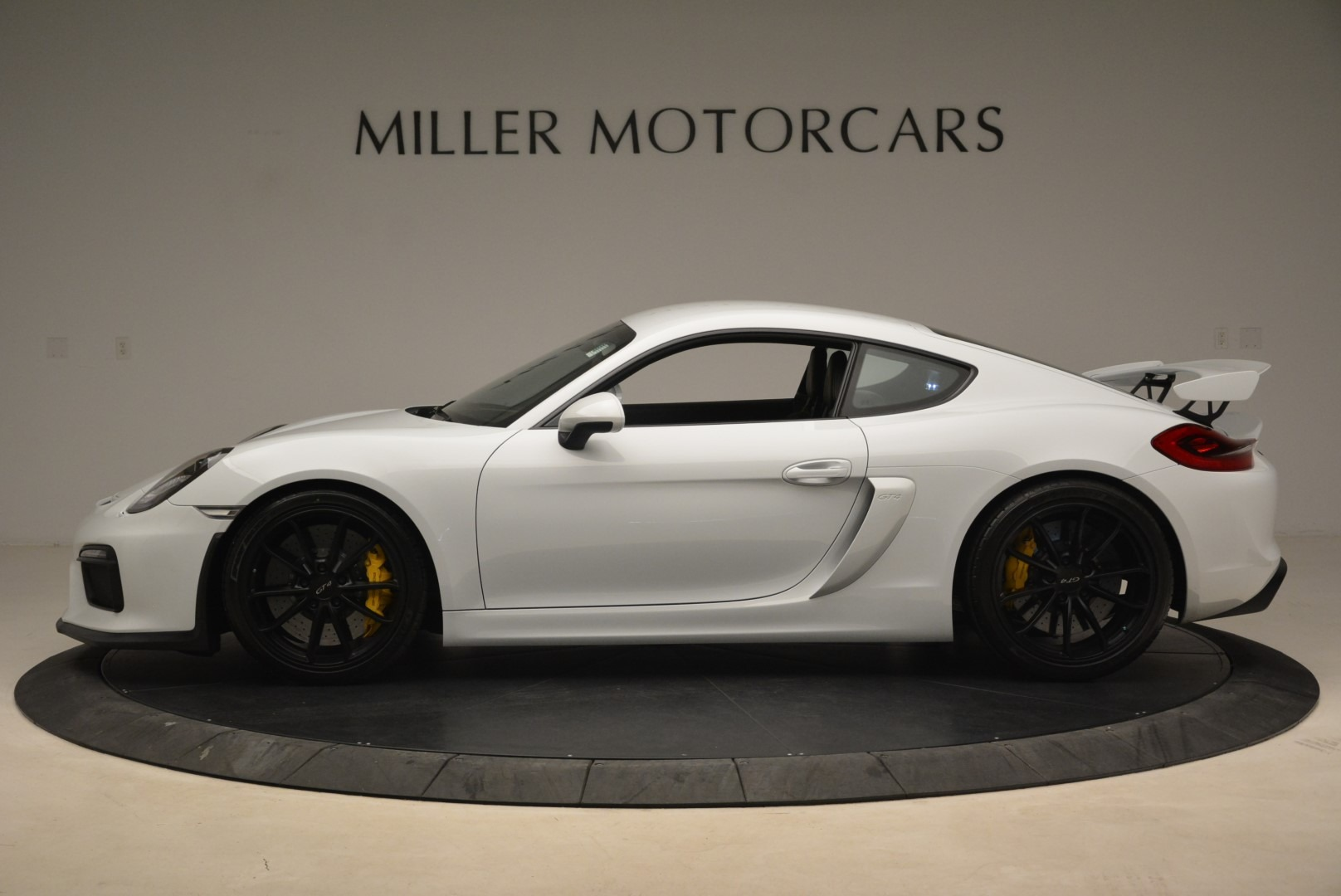 Used 2016 Porsche Cayman GT4 For Sale In Greenwich, CT 2234_p3