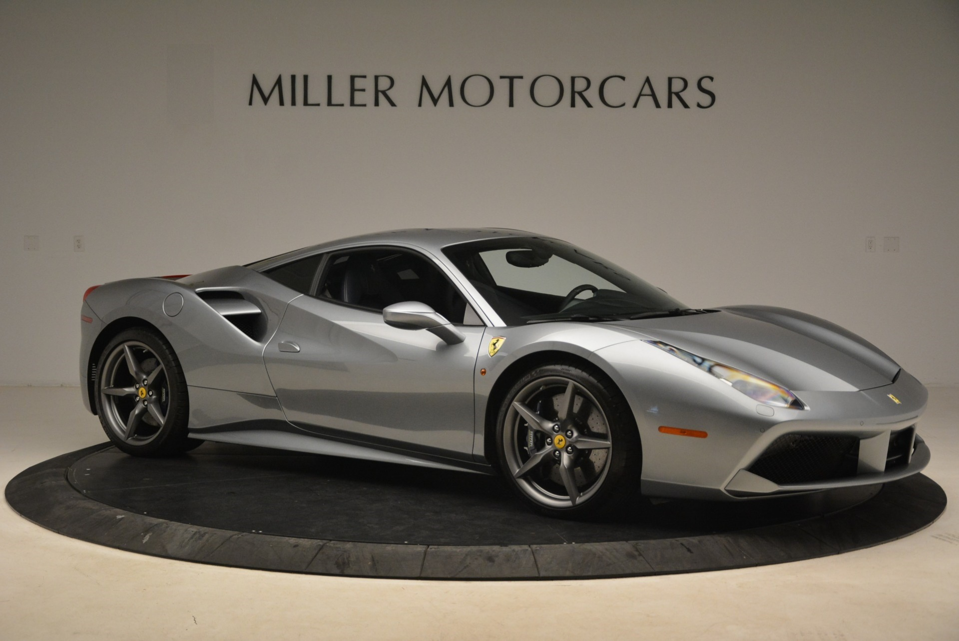 Used 2017 Ferrari 488 GTB  For Sale In Greenwich, CT 2235_p10