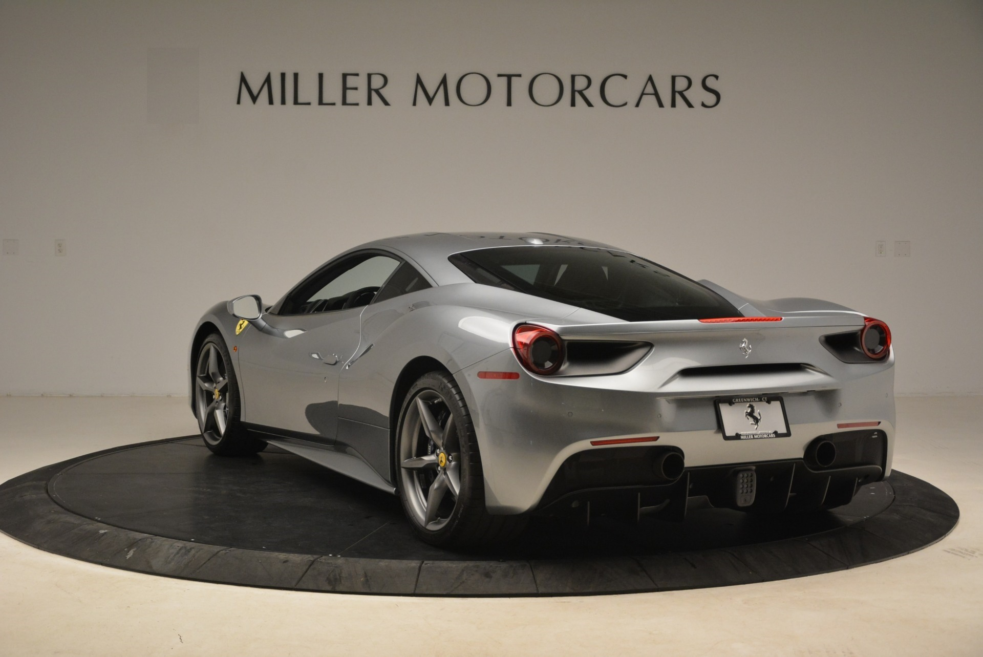 Used 2017 Ferrari 488 GTB  For Sale In Greenwich, CT 2235_p5
