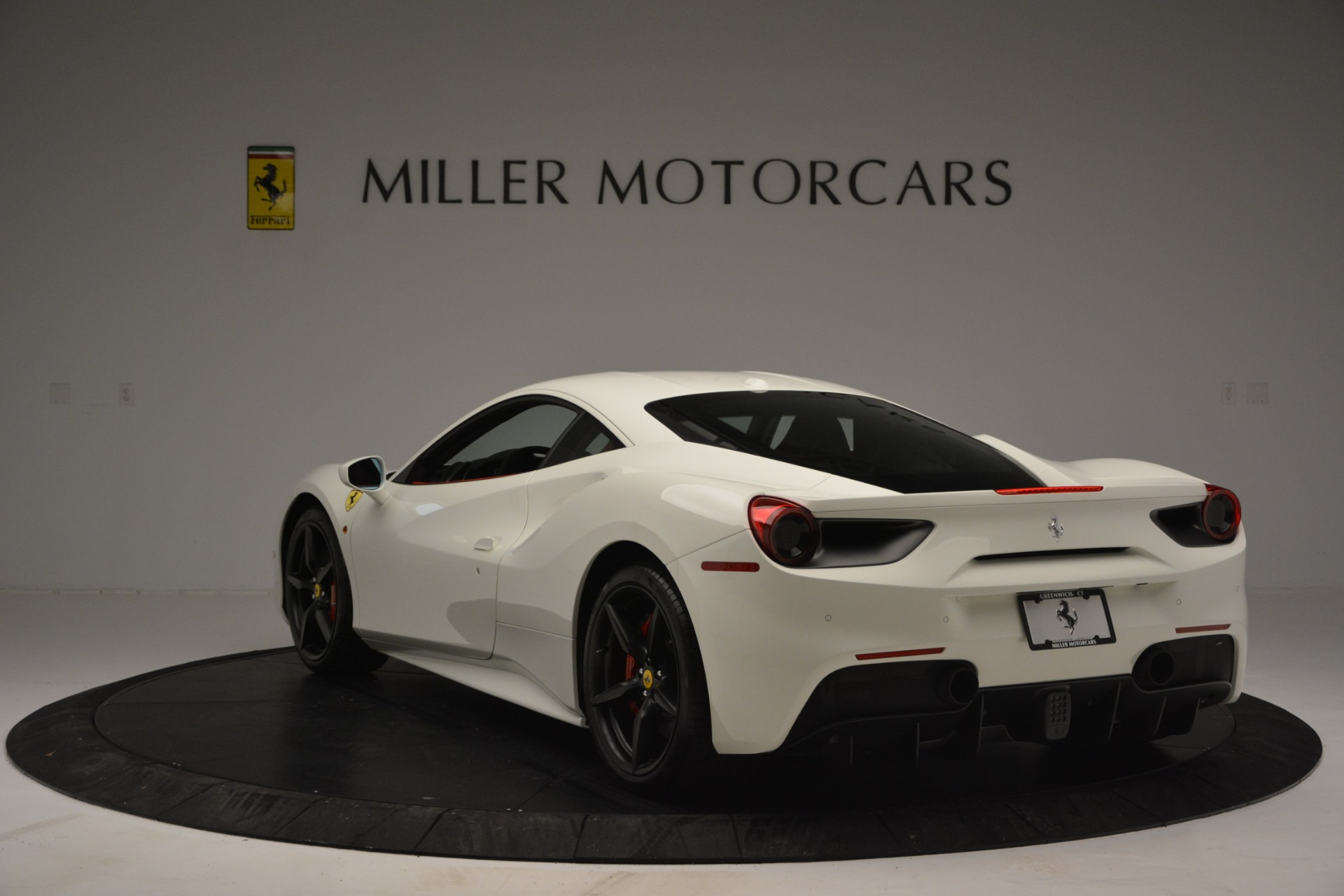 Used 2017 Ferrari 488 GTB  For Sale In Greenwich, CT 2238_p5