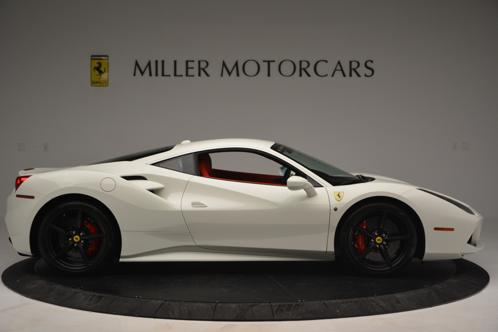 Used 2017 Ferrari 488 GTB  For Sale In Greenwich, CT 2238_p9