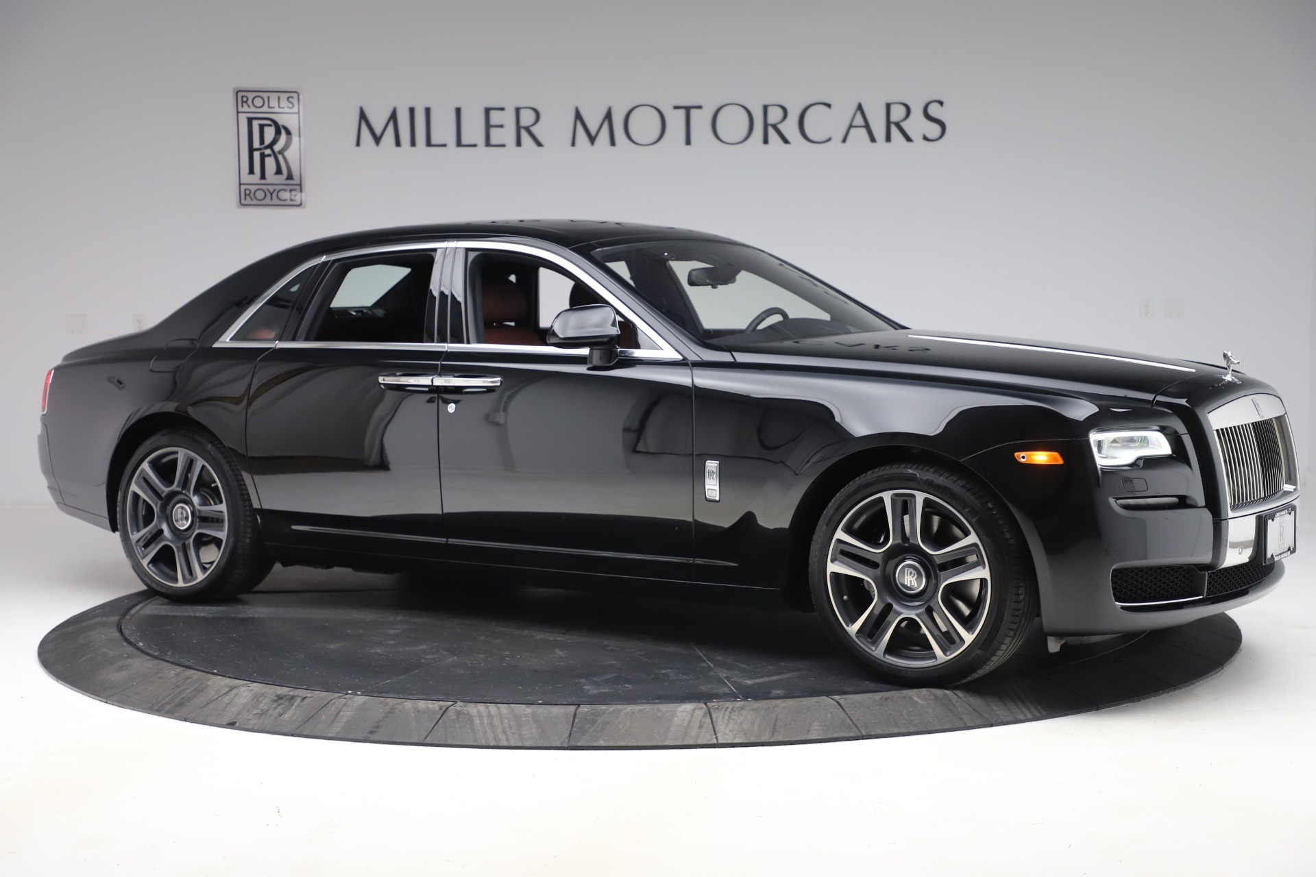 New 2016 Rolls-Royce Ghost Series II  For Sale In Greenwich, CT 224_p11