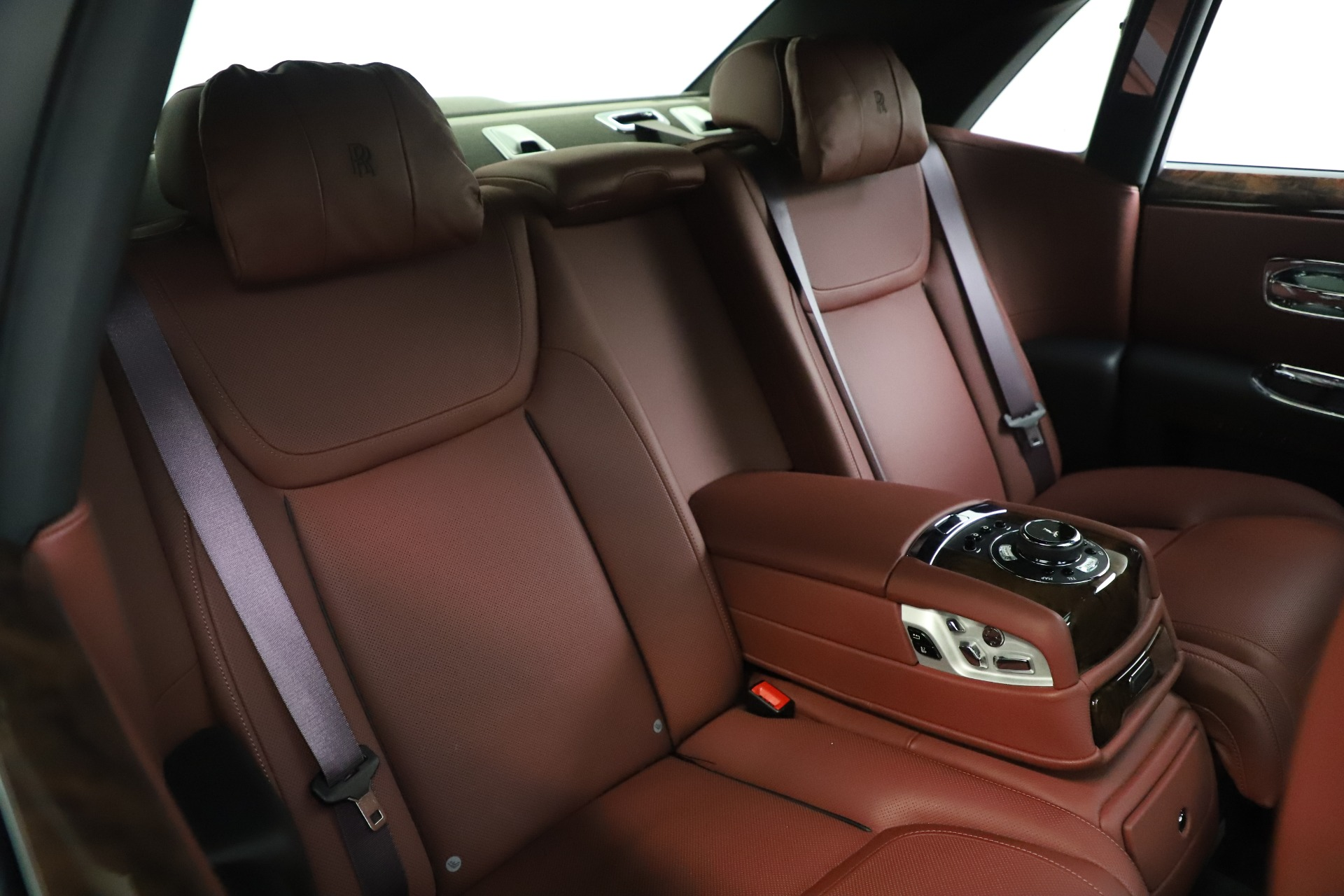 New 2016 Rolls-Royce Ghost Series II  For Sale In Greenwich, CT 224_p16