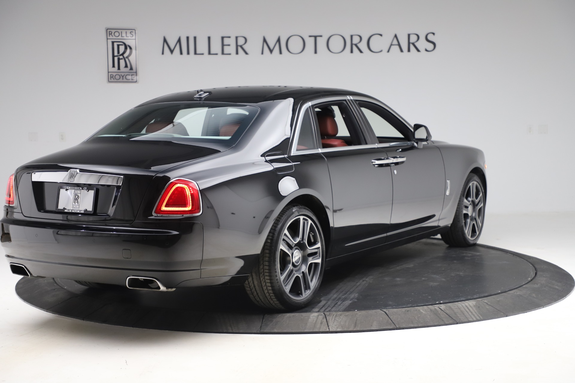 New 2016 Rolls-Royce Ghost Series II  For Sale In Greenwich, CT 224_p9