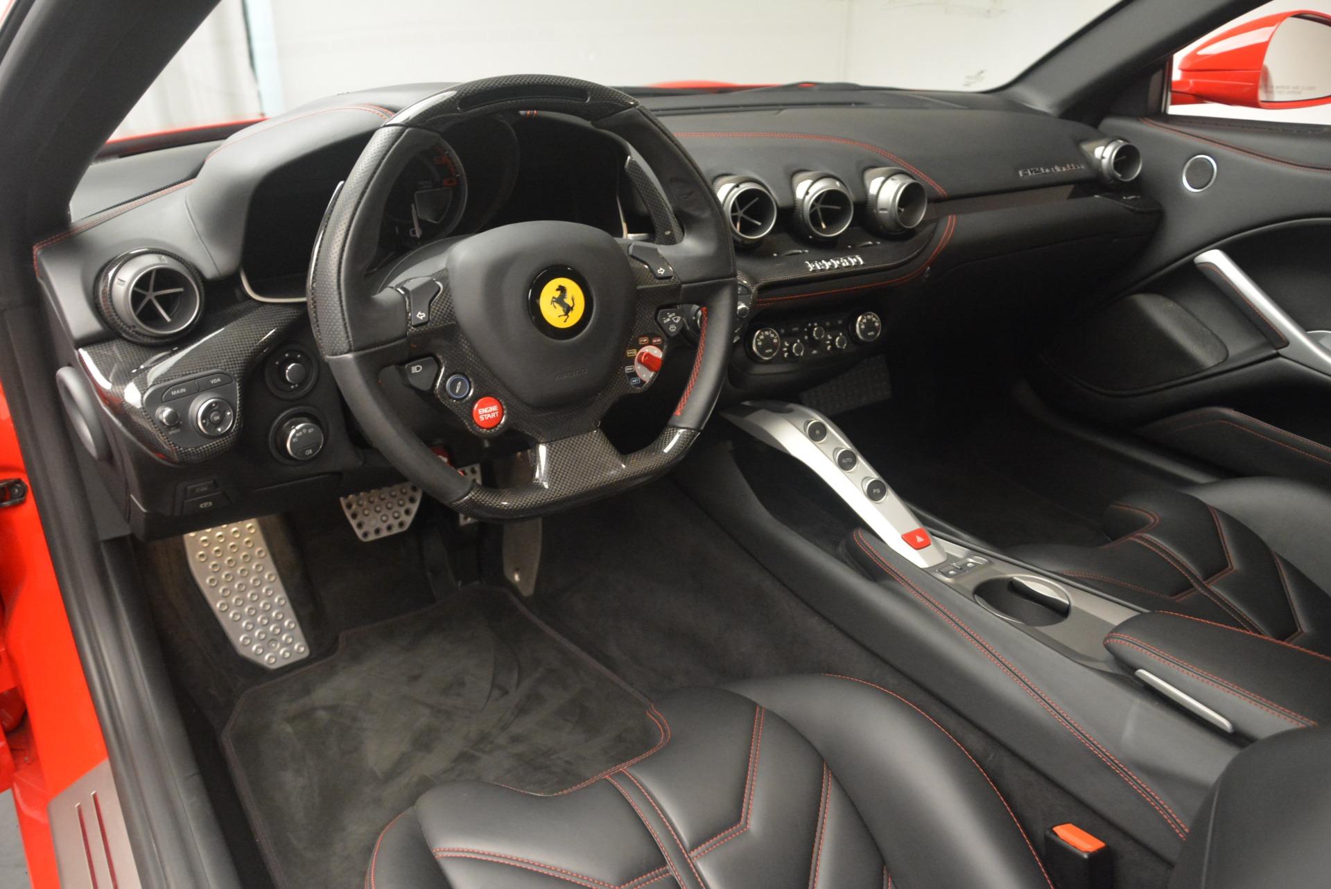 Used 2014 Ferrari F12 Berlinetta  For Sale In Greenwich, CT 2256_p13
