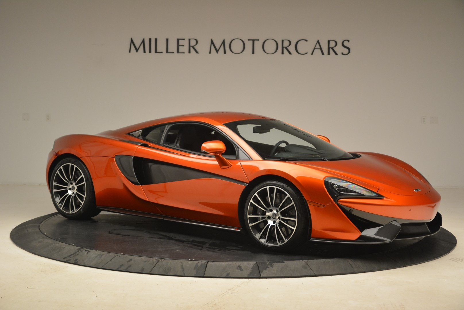 Used 2016 McLaren 570S  For Sale In Greenwich, CT 2261_p10
