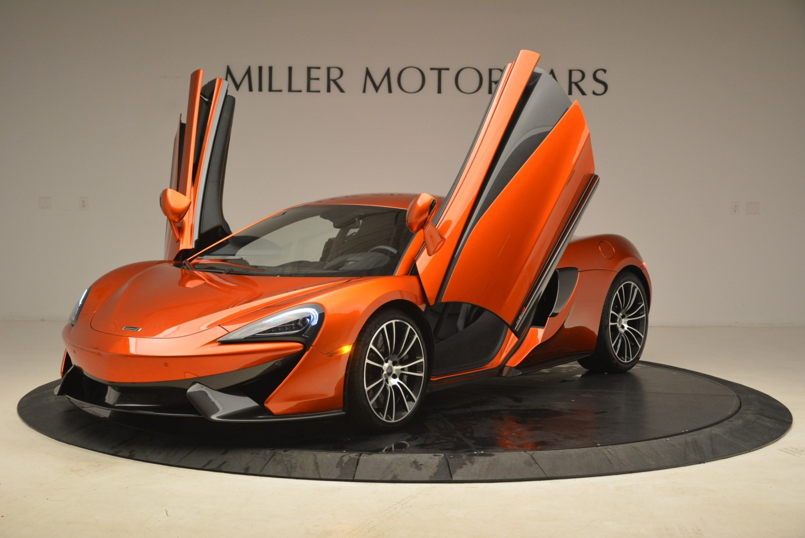 Used 2016 McLaren 570S  For Sale In Greenwich, CT 2261_p14