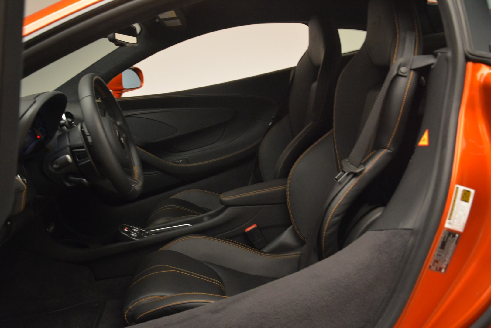 Used 2016 McLaren 570S  For Sale In Greenwich, CT 2261_p18