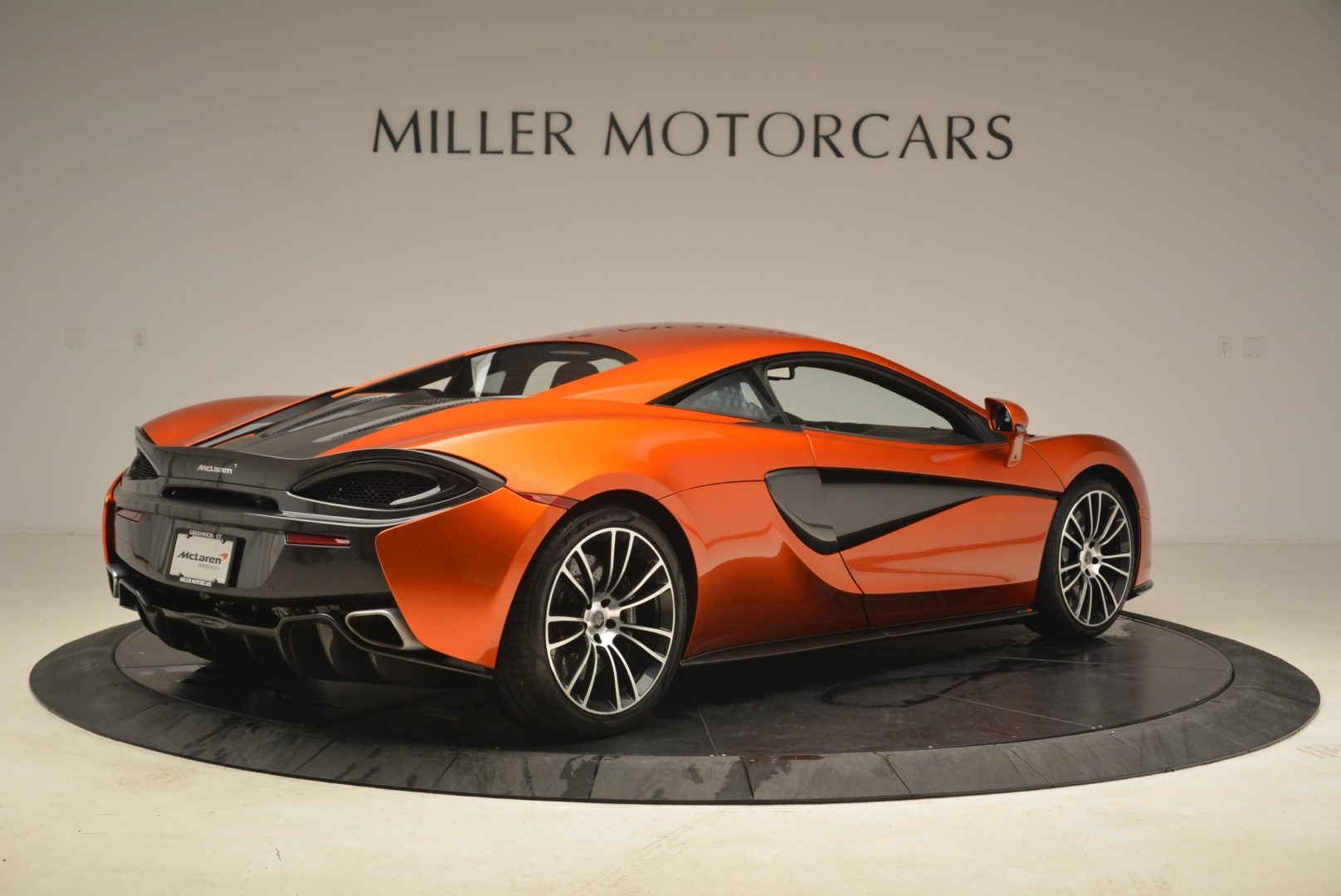 Used 2016 McLaren 570S  For Sale In Greenwich, CT 2261_p8