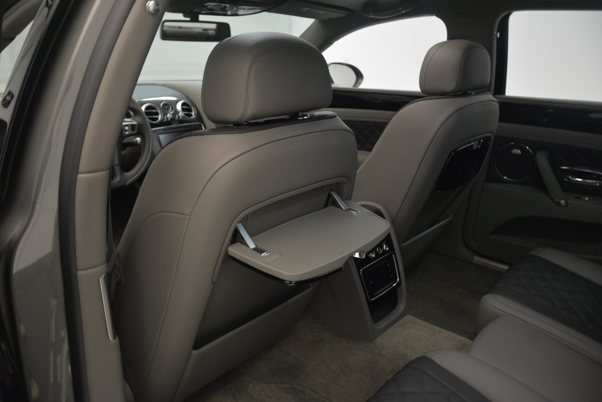 Used 2017 Bentley Flying Spur V8 S For Sale In Greenwich, CT 2263_p28
