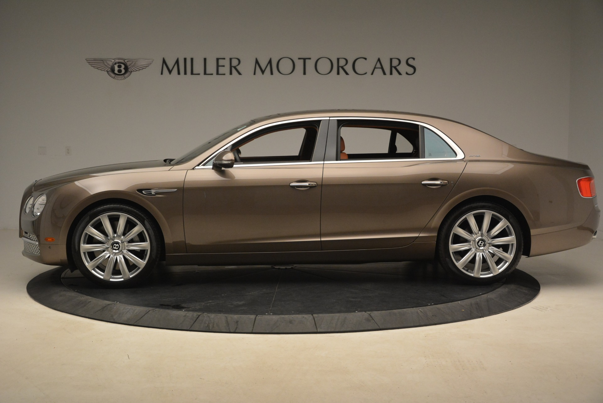 Used 2015 Bentley Flying Spur W12 For Sale In Greenwich, CT 2266_p3