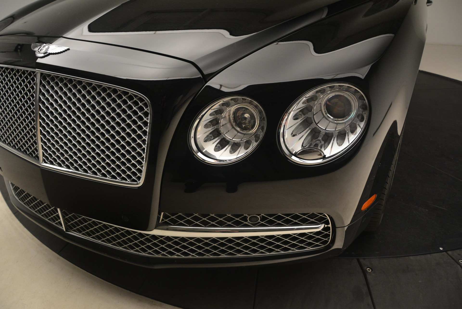Used 2014 Bentley Flying Spur W12 For Sale In Greenwich, CT 2267_p13