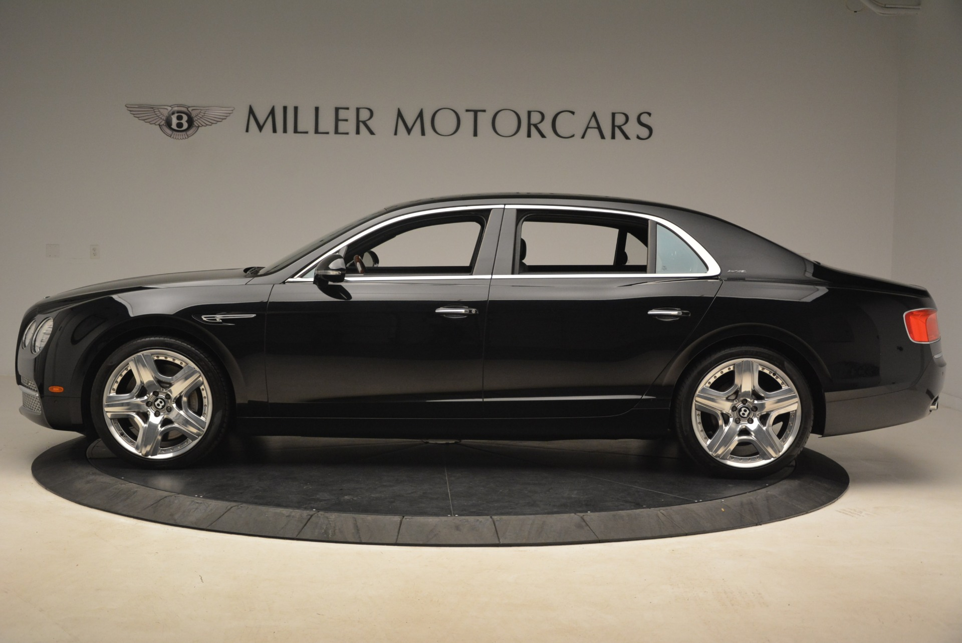 Used 2014 Bentley Flying Spur W12 For Sale In Greenwich, CT 2267_p3