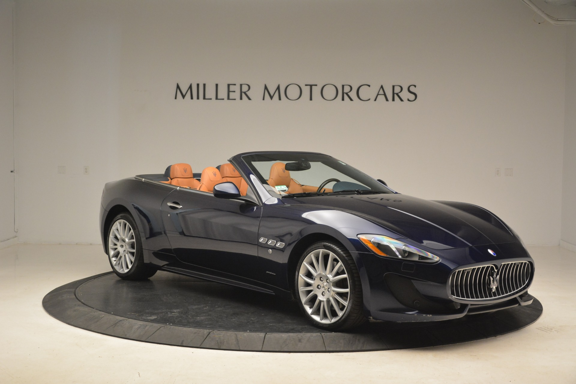 Used 2014 Maserati GranTurismo Sport For Sale In Greenwich, CT 2269_p16