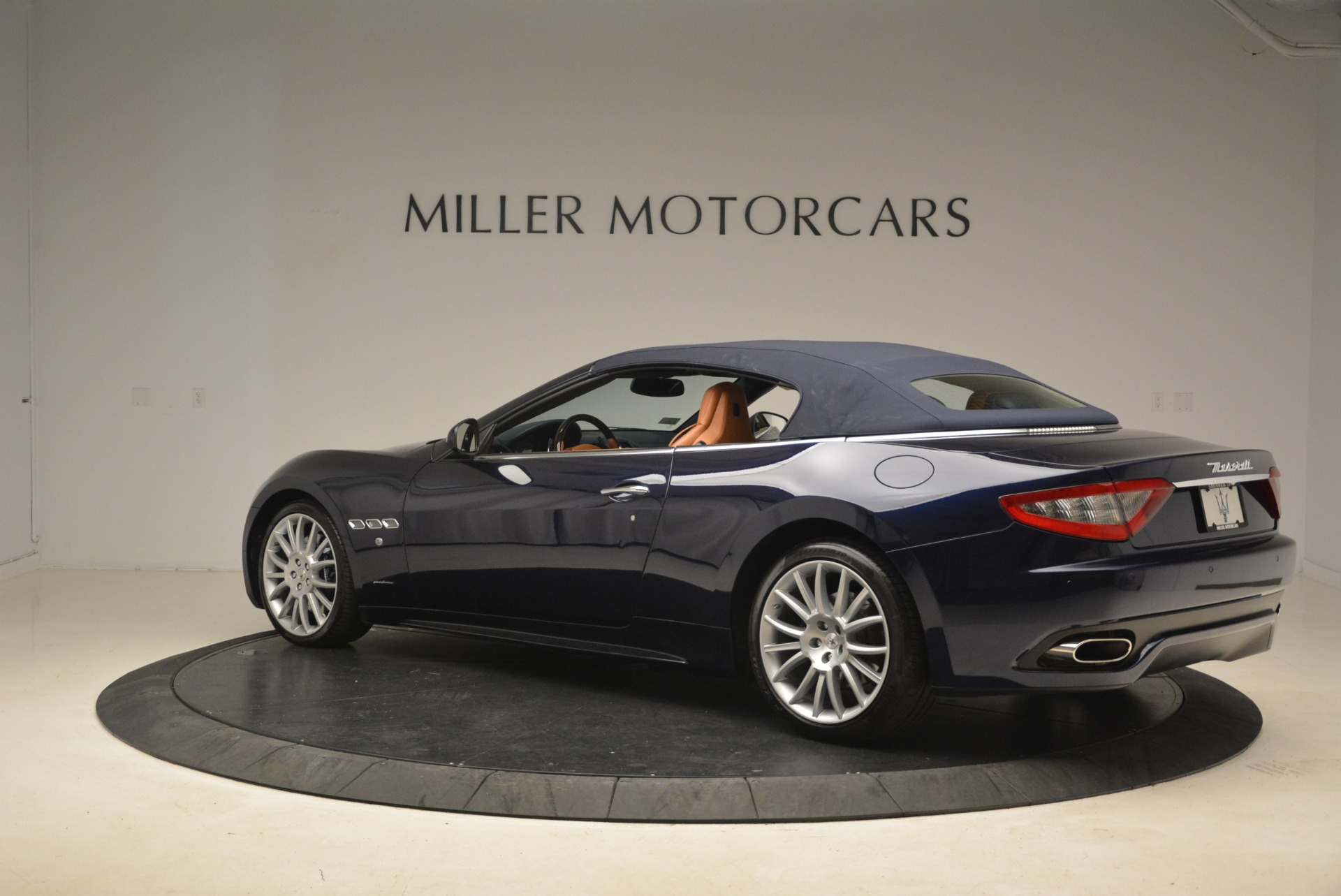 Used 2014 Maserati GranTurismo Sport For Sale In Greenwich, CT 2269_p20